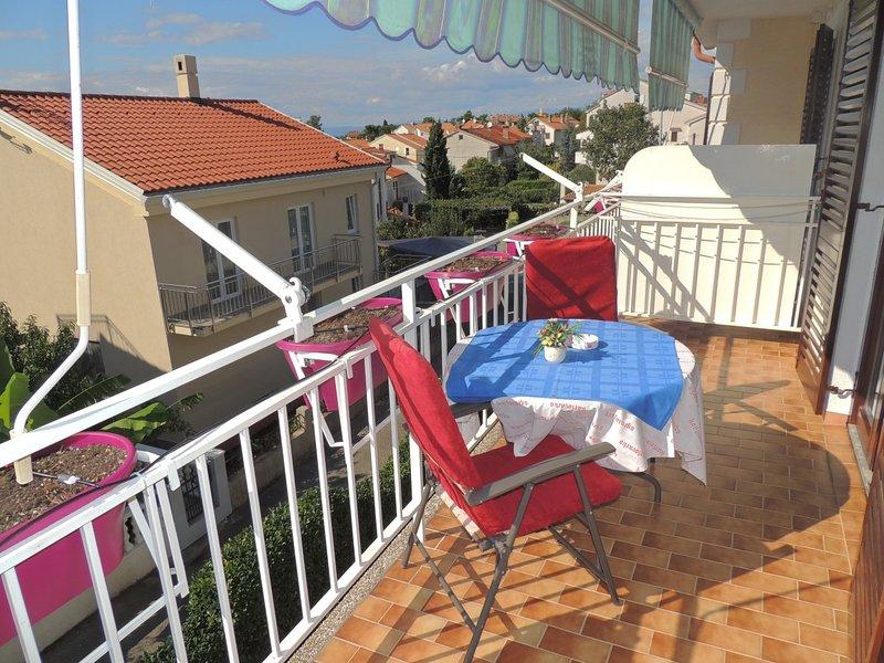 Holiday home 103456 - Holiday apartment 3533, location de vacances à Radici