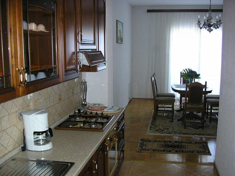 Holiday home 103565 - Holiday apartment 3828, alquiler vacacional en Sveti Juraj