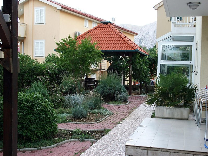 Holiday home 104234 - Holiday apartment 235614, holiday rental in Jurandvor