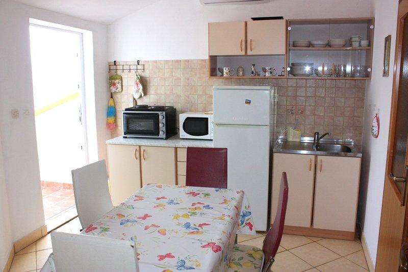 Holiday home 105327 - Holiday apartment 14051, location de vacances à Bosana