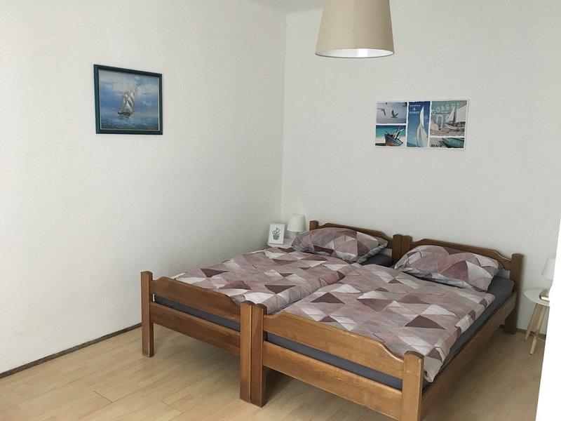 Holiday home 105498 - Guest room 5576, alquiler vacacional en Sveti Juraj