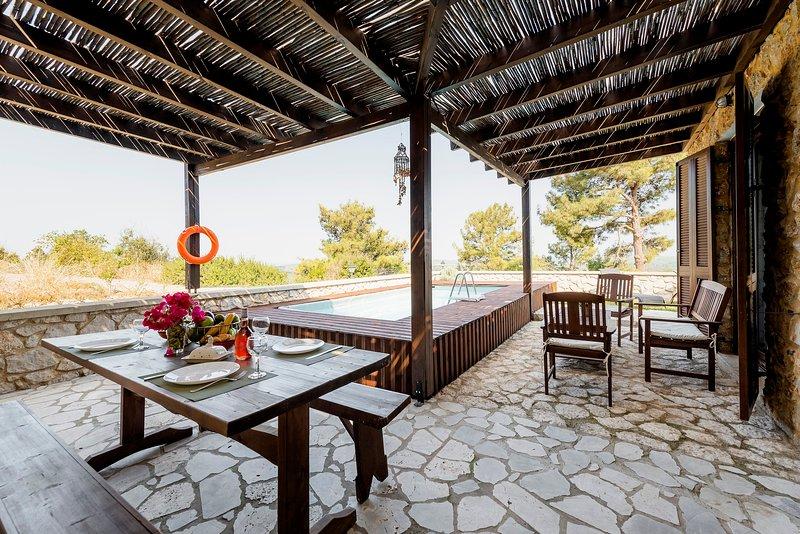 Salakos Villas  - Rosemarie Apartment, casa vacanza a Kamiros Scala