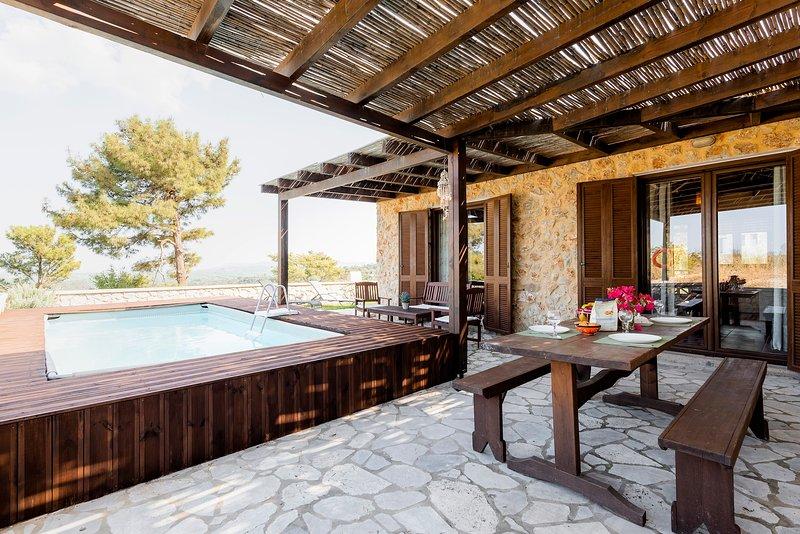 Salakos Villas - Origano Apartment, casa vacanza a Kamiros Scala