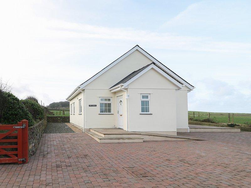 Bryn Eiddon, Aberdaron, holiday rental in Rhoshirwaun
