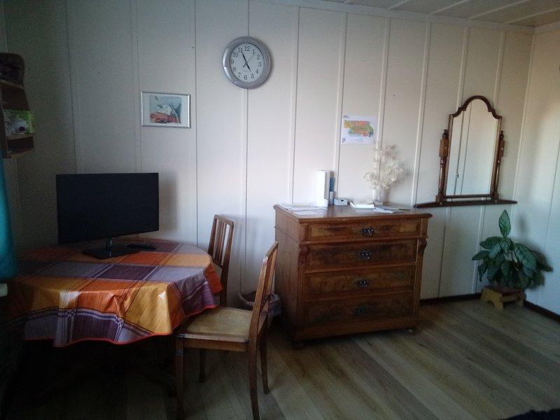 Chambres d'hôtes Petit-Martel, holiday rental in Les Ponts-de-Martel