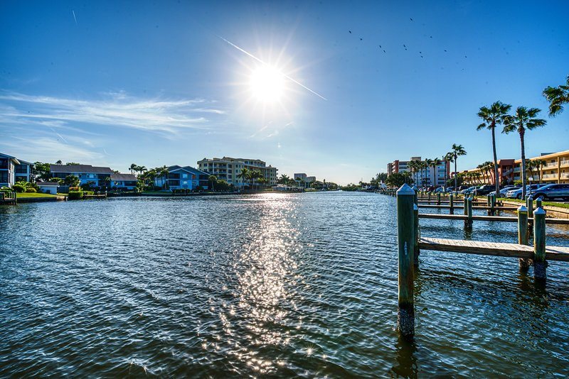 The Gulf in front, the Bay in back...Deep draft boat docks, free for guest use - easy access to the ICW and Gulf