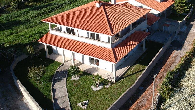 Vamos A La Playa!, holiday rental in Belinho