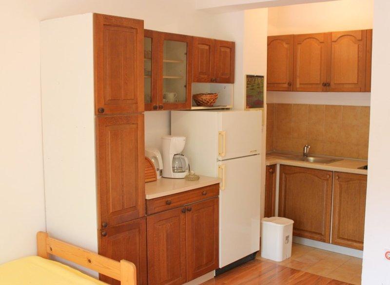 Holiday home 147244 - Holiday apartment 132504, vacation rental in Batomalj