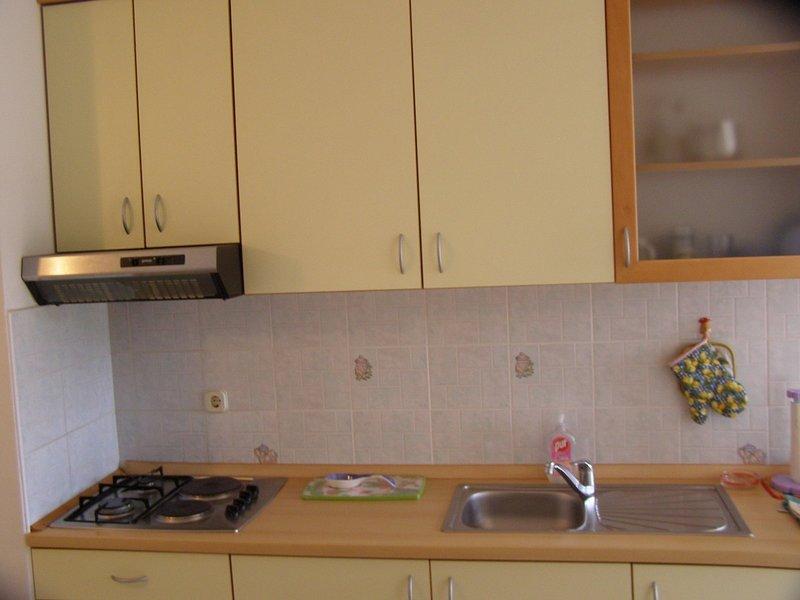 Holiday home 141072 - Holiday apartment 120363, alquiler vacacional en Lukoran