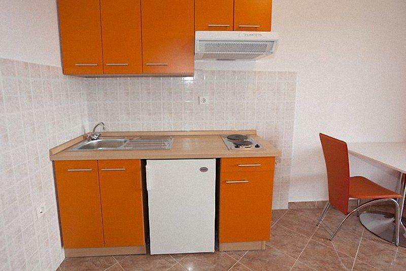 Holiday home 139723 - Holiday apartment 117291, aluguéis de temporada em Igrane