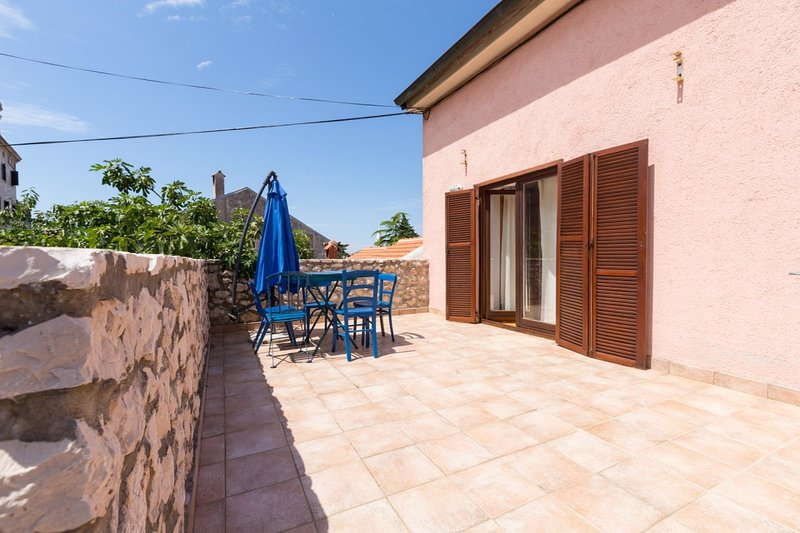 Holiday home 112740 - Holiday home for sole use 12872, vacation rental in Mali Losinj