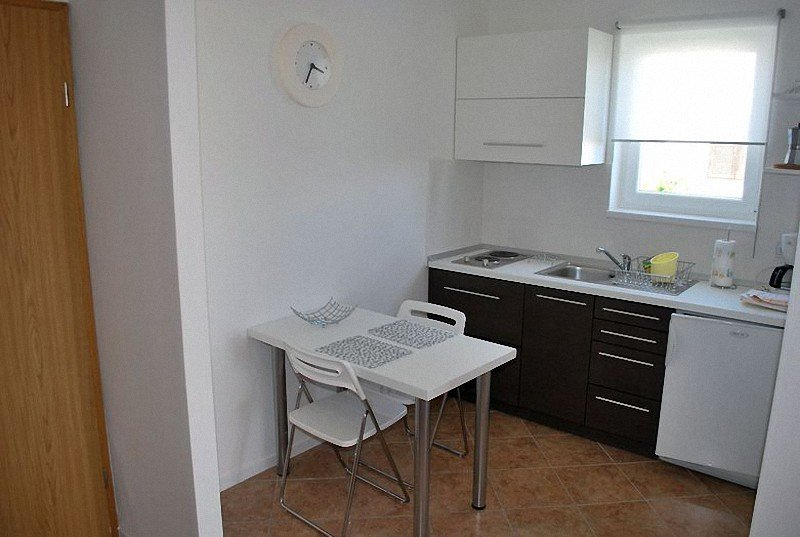 Holiday home 141872 - Holiday apartment 162353, casa vacanza a Vrbnik