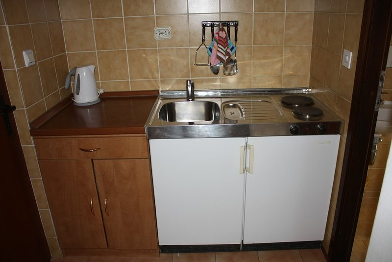 Holiday home 146926 - Holiday apartment 131807, casa vacanza a Drvenik