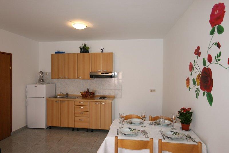 Holiday home 110699 - Holiday apartment 195315, casa vacanza a Soline