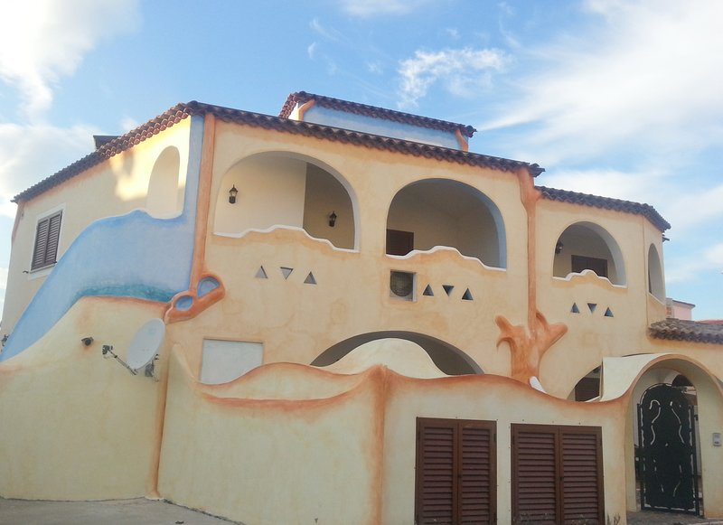 Appartamento A_Residence Melodie, holiday rental in Cala Ginepro