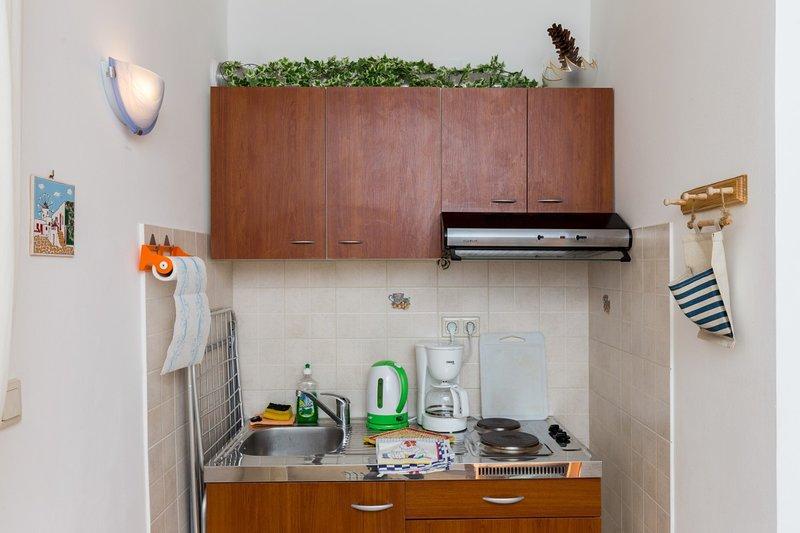 Holiday home 144270 - Studio apartment 127847, vacation rental in Srebreno
