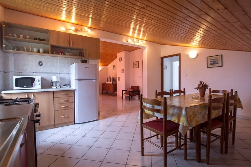 Holiday home 172278 - Holiday apartment 185133, holiday rental in Viskovici