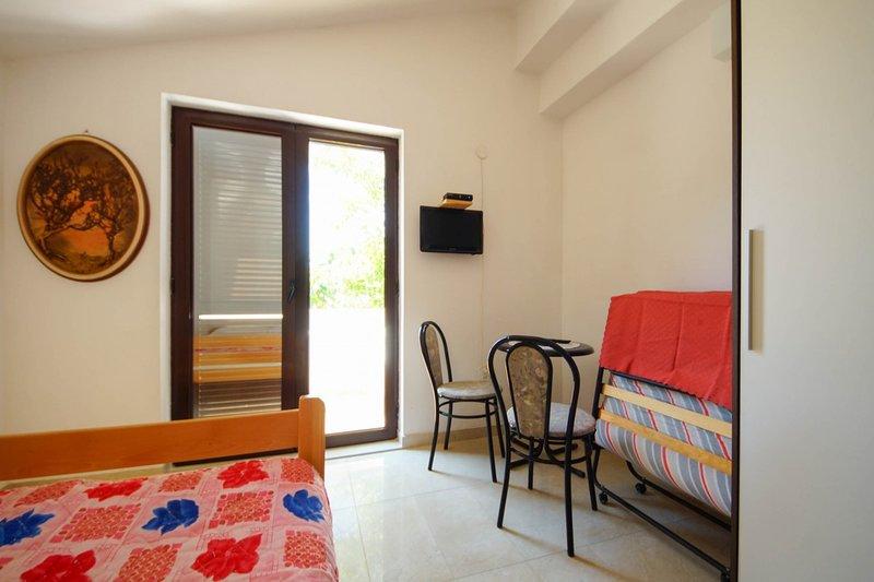 Holiday home 163508 - Studio apartment 164788, vacation rental in Batomalj
