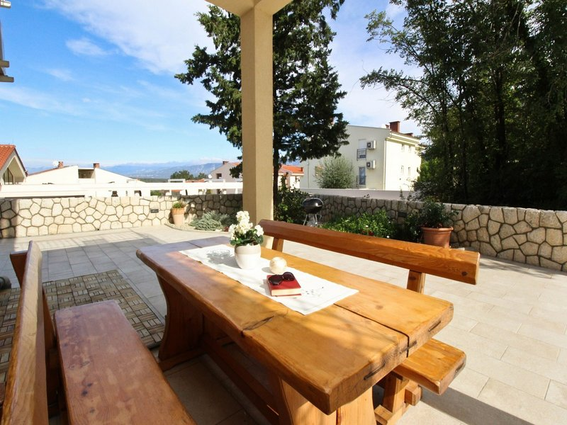 Holiday home 171573 - Holiday apartment 183681, casa vacanza a Soline