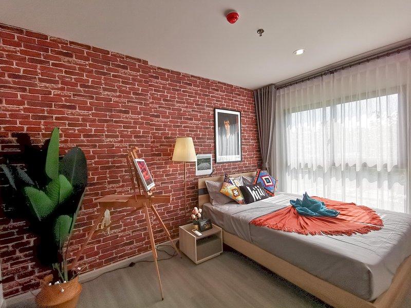 【hiii】Galleria*MRT Bang Yi Khan*10min To Grand Palace & KhaoSanRoad, holiday rental in Bang Kruai