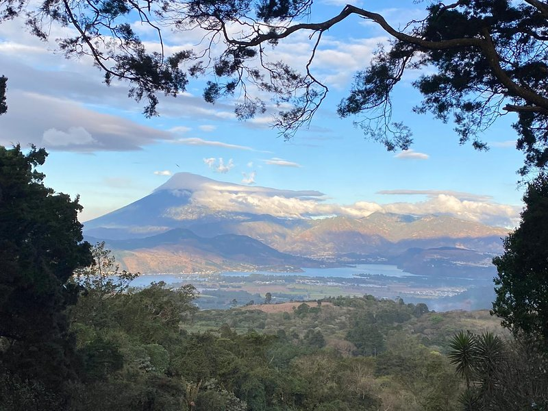 Granja San Gregorio,  House with a view like no other, rest in nature near city, vakantiewoning in Guatemala
