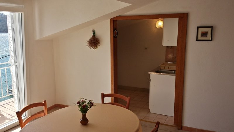 Holiday home 147769 - Holiday apartment 133693, holiday rental in Tijesno