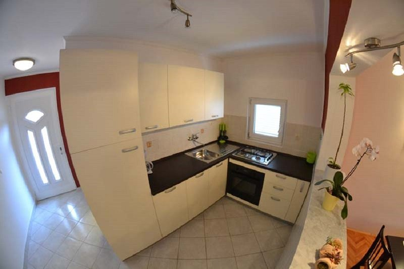 Holiday home 157638 - Holiday apartment 152644, vacation rental in Mundanije