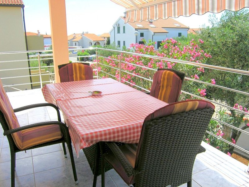 Holiday home 122004 - Holiday apartment 54536, casa vacanza a Vrbnik