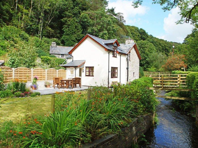 Pantpereg, holiday rental in Llanwrin