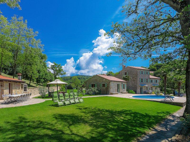 Villa Plac, location de vacances à Peroj