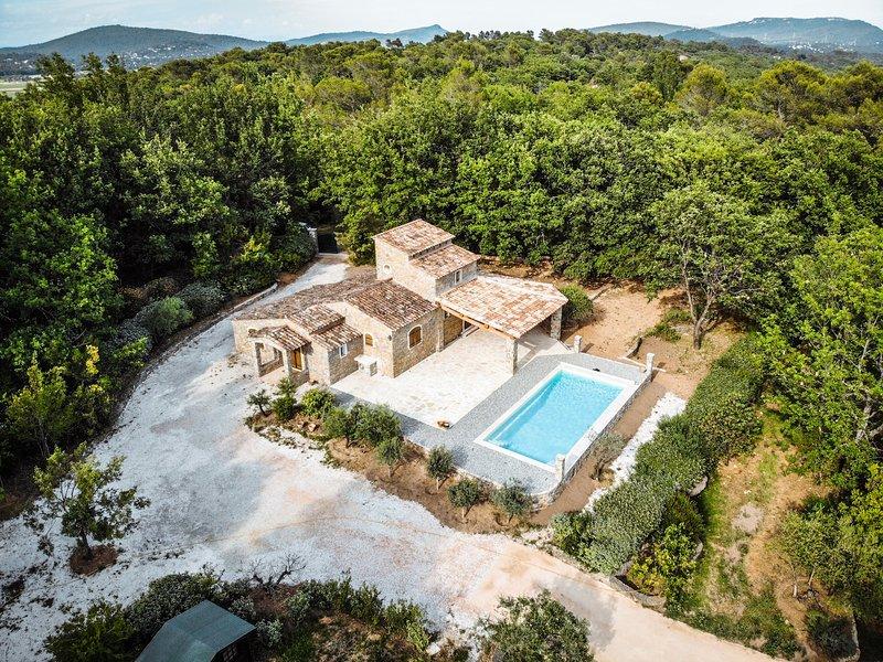Le Bercail en Provence, vacation rental in Forcalqueiret