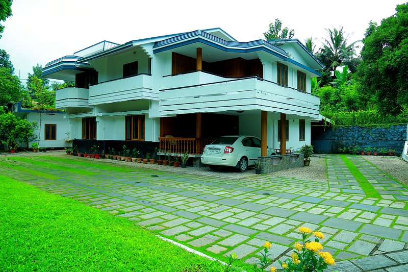 Zarahs Homestay- A truly countryside home stay in central Kerala., location de vacances à Ranni
