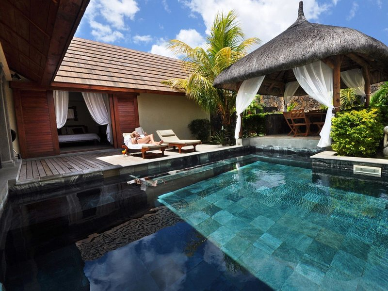 Oasis Villa 2, holiday rental in Petit Raffray