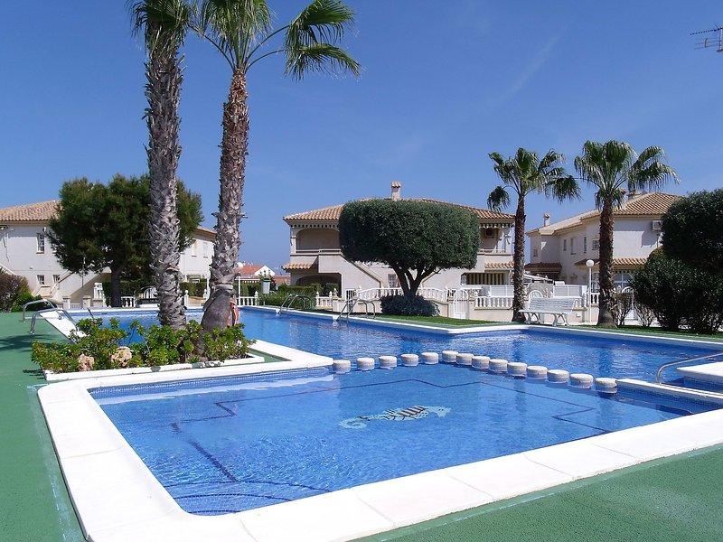 Tamarix, holiday rental in La Mata