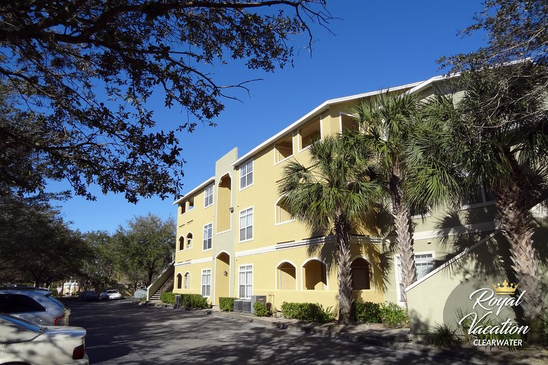 Building - The Avalon at Clearwater complex
