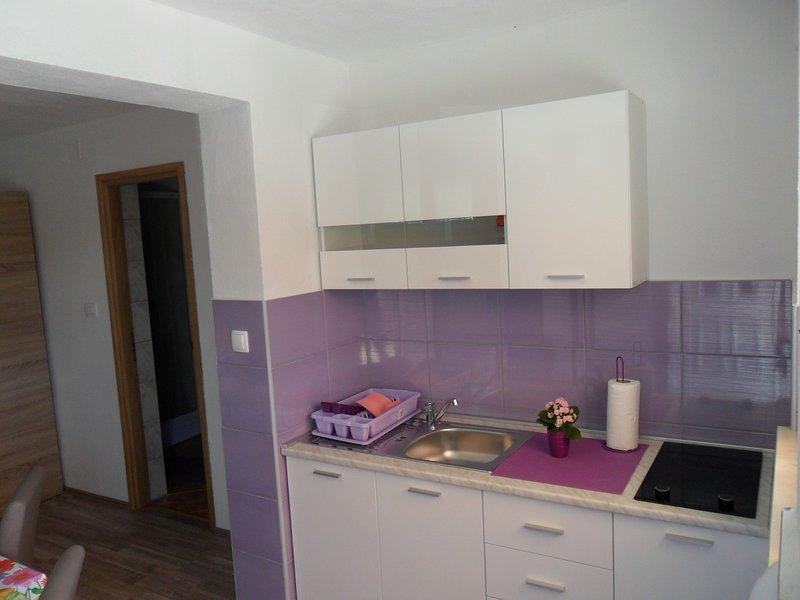 Holiday home 140037 - Studio apartment 224196, alquiler vacacional en Lukoran