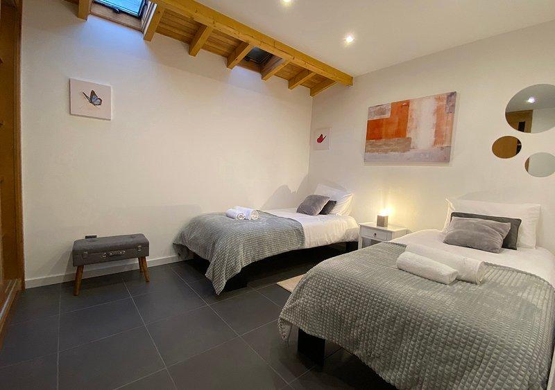 Casa dos Mouros - T2/Cozinha Andar Inteiro, vacation rental in Unhais da Serra