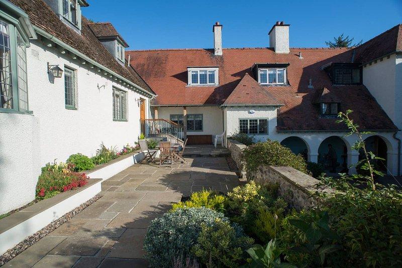 Baillie Scott Cottage, near St Andrews, Fife, casa vacanza a St Michaels