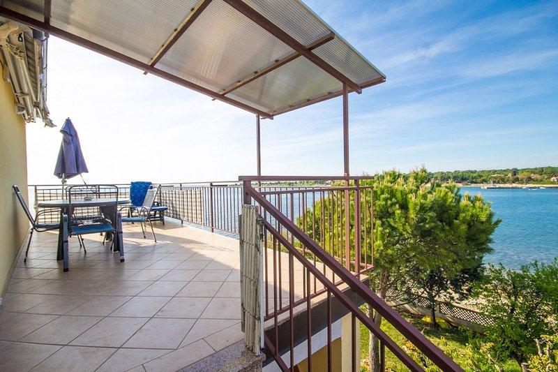 Holiday home 186051 - Holiday apartment 216891, location de vacances à Fiorini