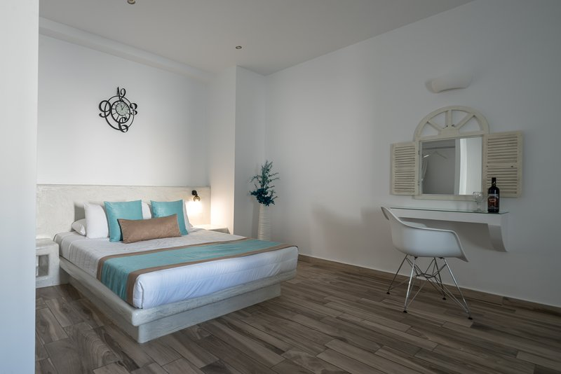Oasis Hotel - Senior Suite with outdoor jacuzzi, holiday rental in Karterádhos