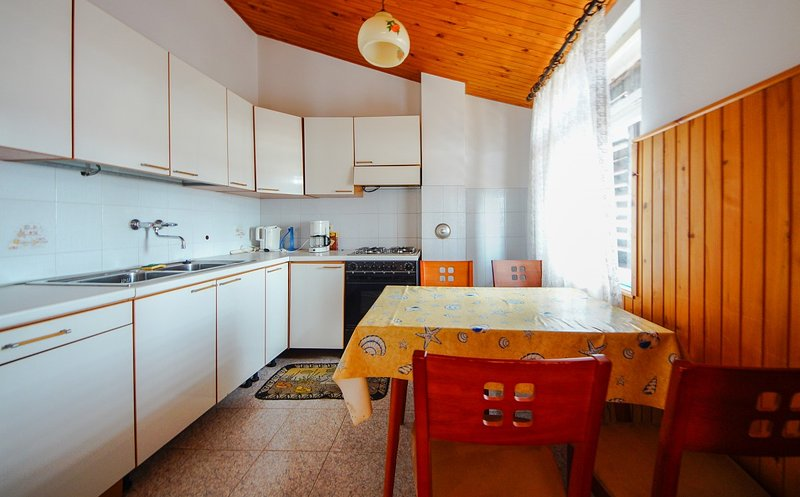 Holiday home 163145 - Holiday apartment 164120, vacation rental in Peruski