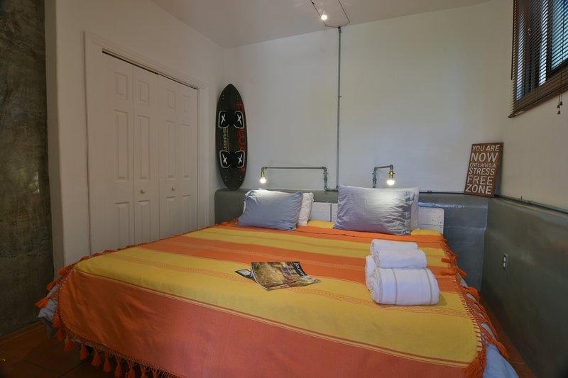 Room 2 - Perro Surfero Boutique Hotel, vacation rental in Todos Santos