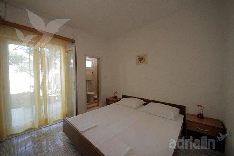 Holiday home 165465 - Holiday apartment 168822, holiday rental in Sveta Nedilja