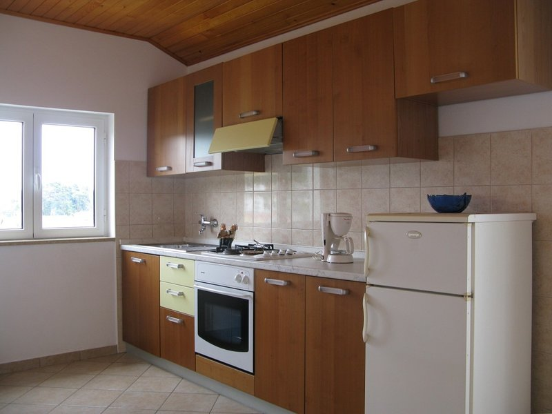 Holiday home 111990 - Holiday apartment 12129, vacation rental in Mundanije