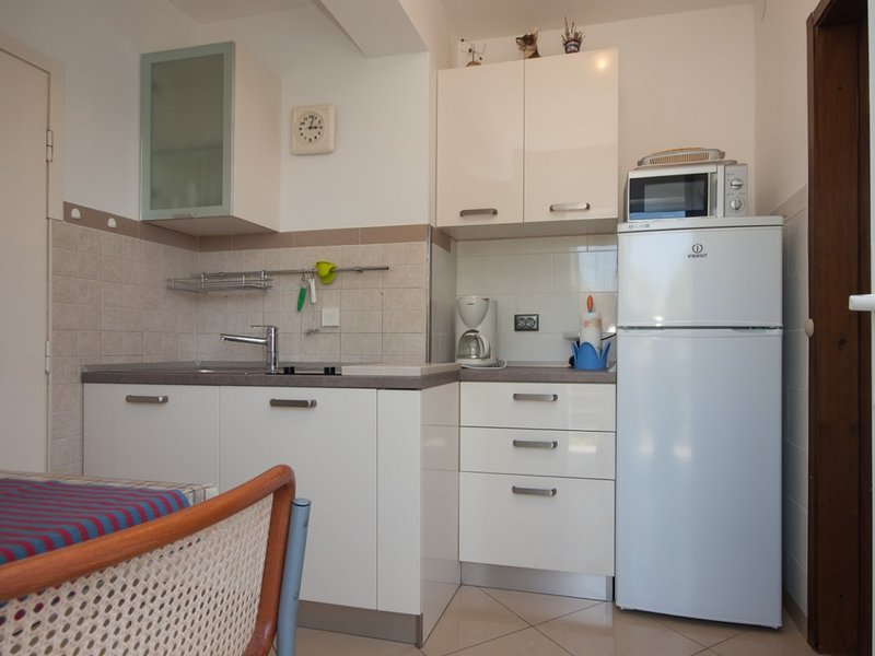 Holiday home 143179 - Holiday apartment 125186, holiday rental in Omisalj