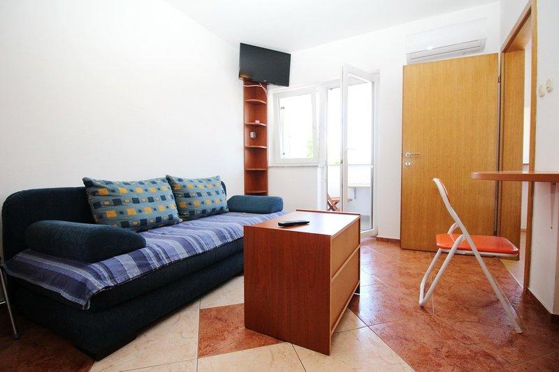 Holiday home 110575 - Holiday apartment 15291, vacation rental in Batomalj