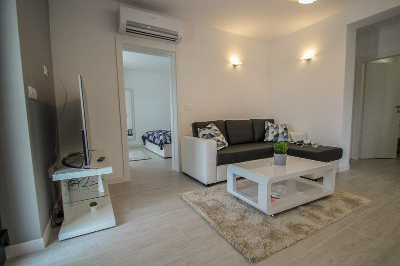 Holiday home 194097 - Holiday home for sole use 235326, holiday rental in Buzinija