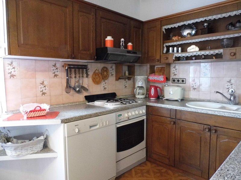 Holiday home 122206 - Holiday apartment 218115, location de vacances à Radici