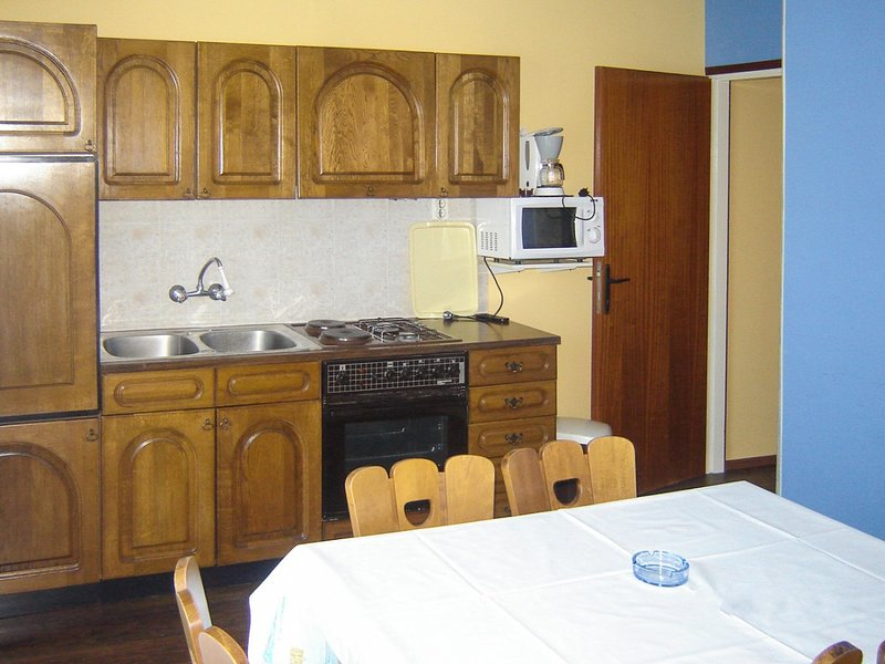 Holiday home 141105 - Holiday apartment 119901, vacation rental in Mundanije