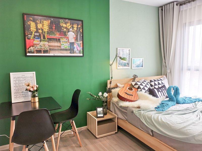 【hiii】Oz's Garden▲10 min To Grand Palace & Khao San Road*MRT to Chatuchak-BKK209, holiday rental in Bang Kruai